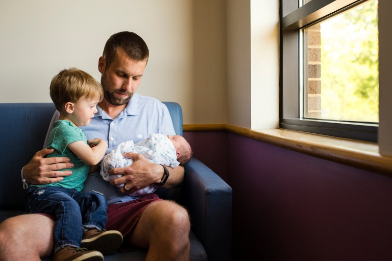 Toledo Hospital Baby Photos dad and sons photo by Cynthia Dawson Photography
